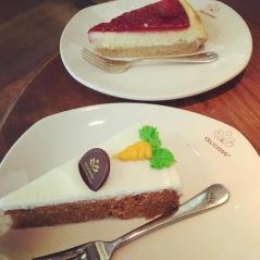 Carrotcake y cheesecake.