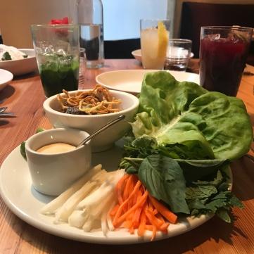 Wraps de setas shiitake, salsa hoisin y chili thai.