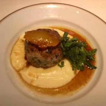 Crépinette de volaille au foie gras.