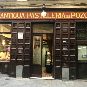 Confitería más antigua de España.