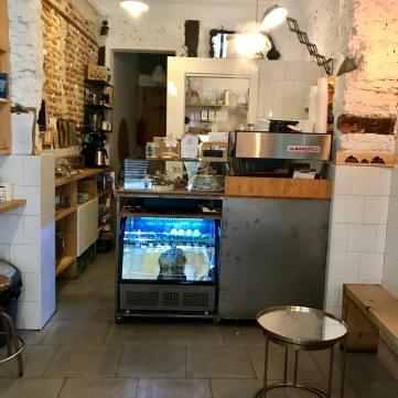 Mostrador con La Marzocoo de Ruda Café