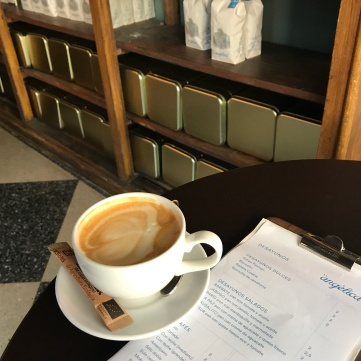 Cafés seleccionados de pequeños productores de África y Sudamérica de ´café Angélica